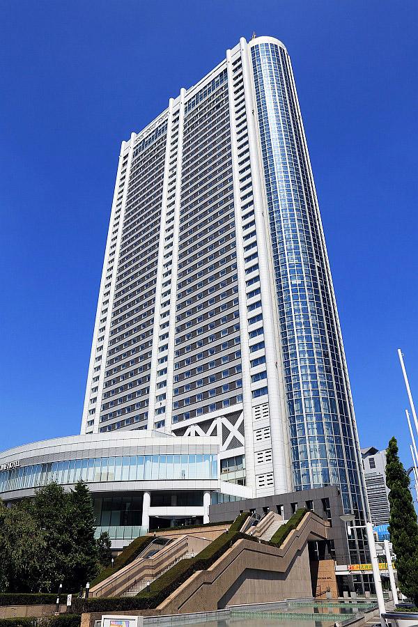 Кензо Танге. Tokyo Dome Hotel