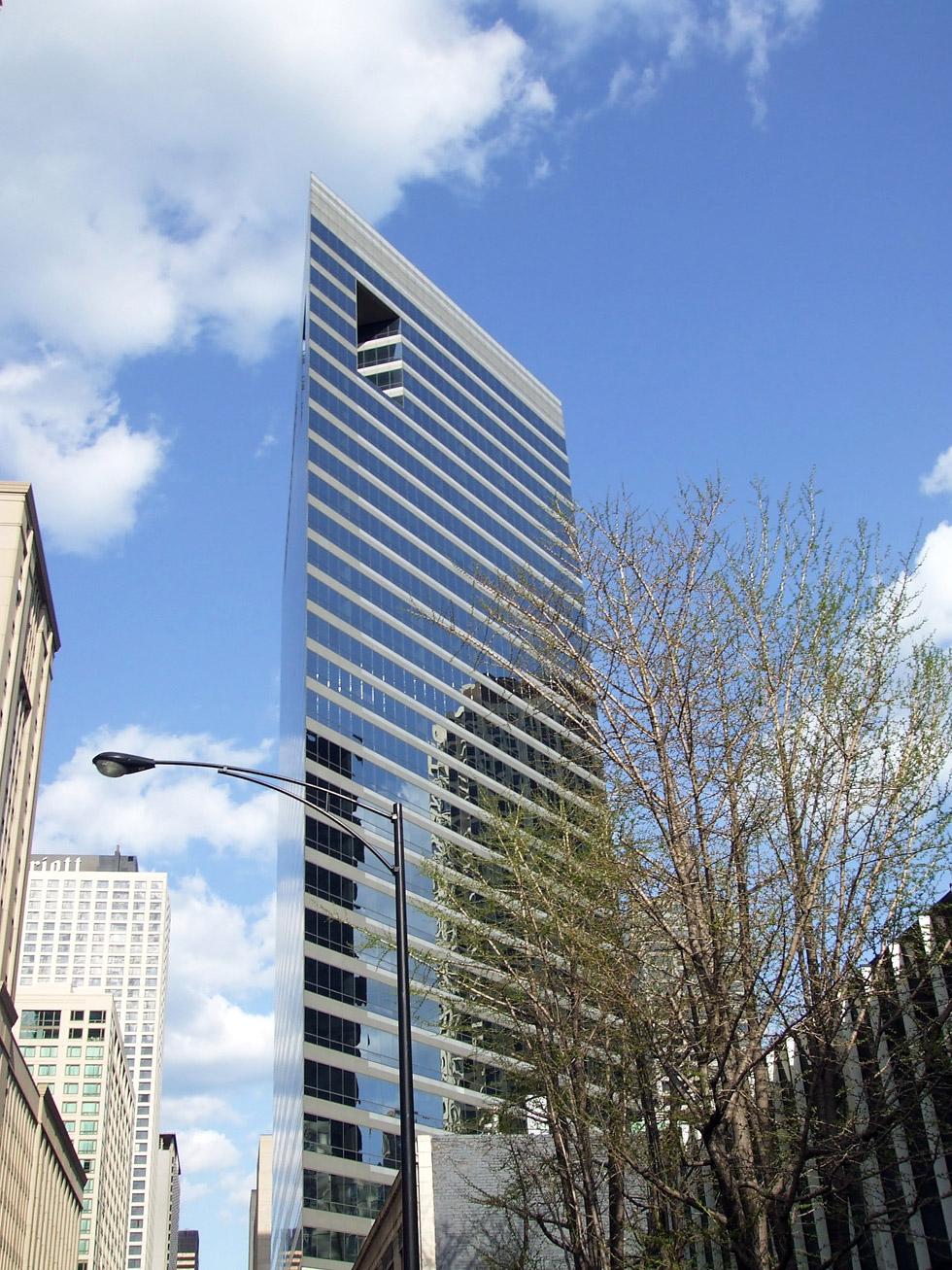 Кензо Танге. Здание Американской медицинской ассоциации, Чикаго (1990)