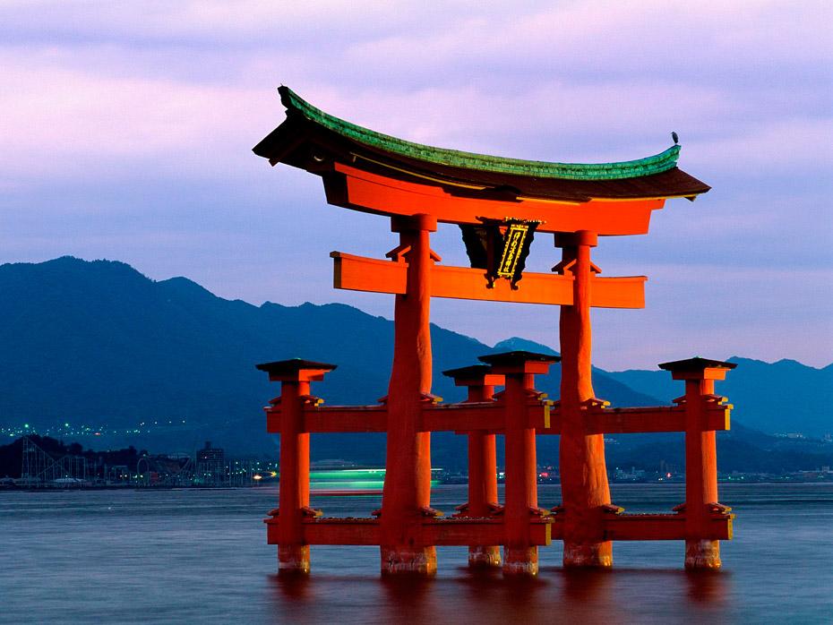 Ицукусима ворота Тории