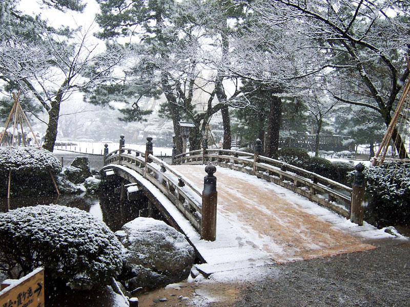 Японский сад Кэнрокуэн, Канадзава