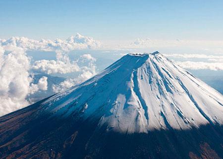 Величие и загадка священной горы Фудзи
